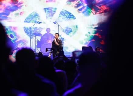 """بالصور- عاصي الحلاني يتألق في جولة """"ذا فويس"""" ويلهب الحضور في دبي"""