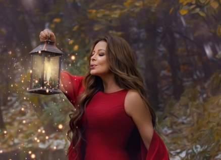"""خاص """"الفن""""- كارول سماحة كاتبة في ألبومها الميلادي المنتظر.. وتجربة تلحين جديدة"""