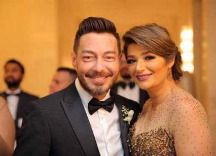 أحمد زاهر يكشف سبب طلاقه من زوجته.. بالفيديو