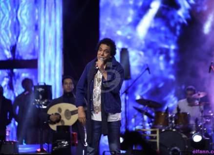 """خاص - """"الفن"""" يكشف حقيقة حفل محمد منير في السعودية"""