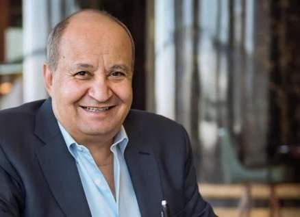 وحيد حامد.. الأستاذ الذي حُفرت أعماله بذاكرة المشاهد وثنائيته مع عادل إمام رفعت مستوى الكوميديا
