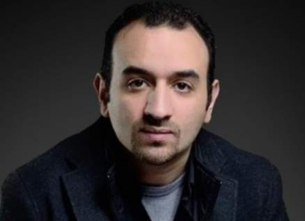 عمرو سلامة يتلقى لقاح فيروس كورونا-بالصورة