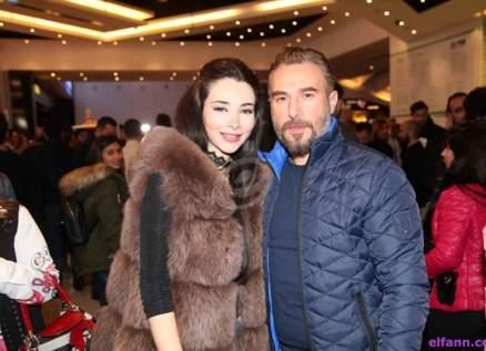 باسم مغنية يفاجئ الجمهور بفيديو كليب مع زوجته لمناسبة عيد الحب