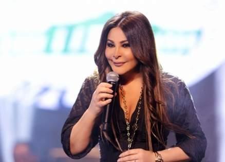 إليسا تشوّق متابعيها لألبومها.. وياسمين صبري بينهم