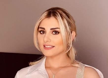 غريس قبيلي تتحدث عن تأثير قرابتها لـ عابد فهد وتكشف أنها أحبته أكثر مع سيرين عبد النور
