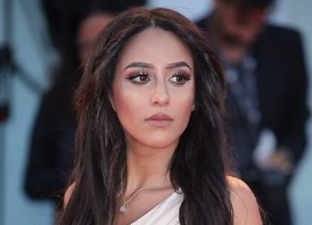 مايا طلام إستحوذت على دور بيرين سات.. وتعرّضت للإنتقادات بسبب إطلالاتها