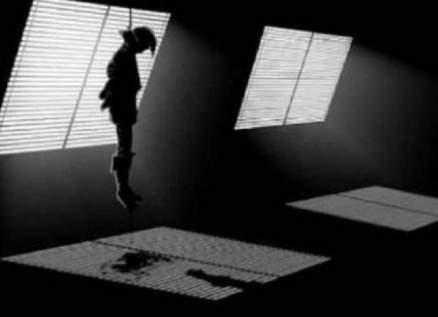 فتاة تقتل طفلة بعد تأثرها بأفلام الرعب والعنف