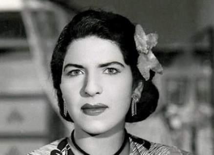 """زينات صدقي أشهر """"عانس"""" في السينما المصرية.. هربت إلى لبنان وإبن شقيقتها هددها بالقتل"""