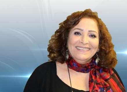 عزة البحرة خرجت من المعارضة السورية.. وفشلت في الوقوف أمام مونيكا بيلوتشي