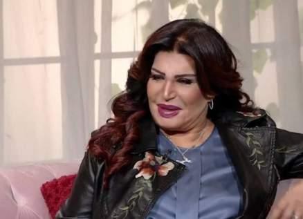 نجوى فؤاد تكشف  سبب إعتزالها الرقص - بالفيديو