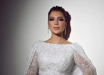 قبل نيكولا معوض..باسم ياخور وأحمد عز وغيرهم كانوا أبطال كليبات أصالة