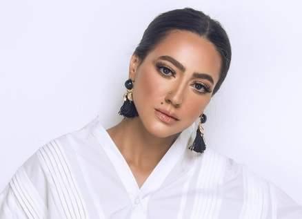 هند عبد الحليم منعها والدها عن كرة القدم.. وأثارت الجدل بفستان زفافها