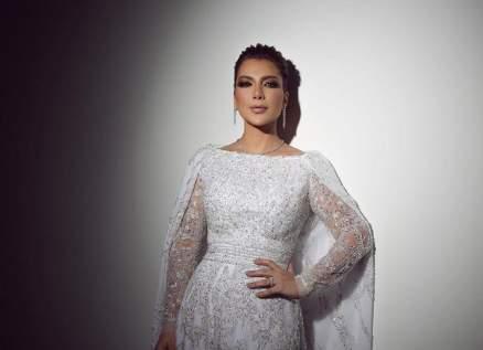 أصالة تغني في حفل خطوبة ابنتها شام الذهبي وأحلام تهنئها-بالصور والفيديو