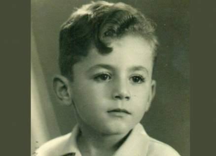 خمنوا من هذا الطفل الذي أصبح من أشهر الممثلين ..هل عرفتموه؟