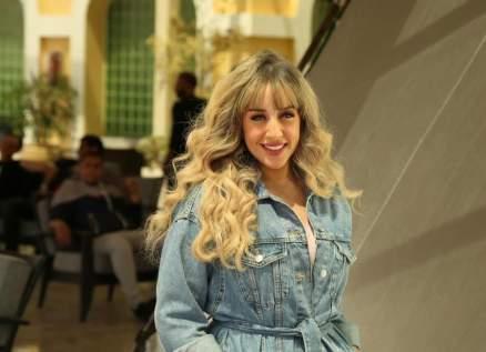 """خاص-فرح الزاهد تتحدث عن أدائها في """"الطاووس"""" وهذا ما قالته عن رؤوف عبد العزيز"""