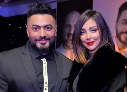 تامر حسني ينفعل على معجب حاول الإقتراب من زوجته بسمة بوسيل.. بالفيديو