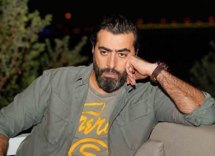 باسم ياخور ينهار بالبكاء على الهواء مباشرةً بسبب شقيقتيه-بالفيديو
