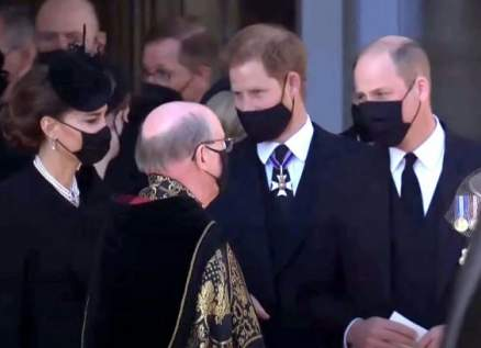 هل ترمم جنازة الأمير فيليب العلاقة بين الأميرين ويليام وهاري؟