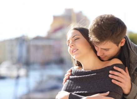 قبل ممارسة العلاقة الجنسية.. ماذا تحب المرأة أن يعرف عنها الرجل؟