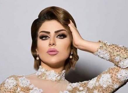 """ناشطة كويتية: """"حليمة بولند تسببت بالعري والإبتذال""""-بالفيديو"""