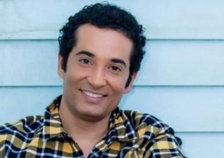 بالصورة- عمرو سعد يدعم سعد لمجرد :أحب فنك