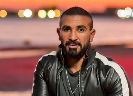 أحمد سعد يخضع لعملية نحت في وجهه-بالصور