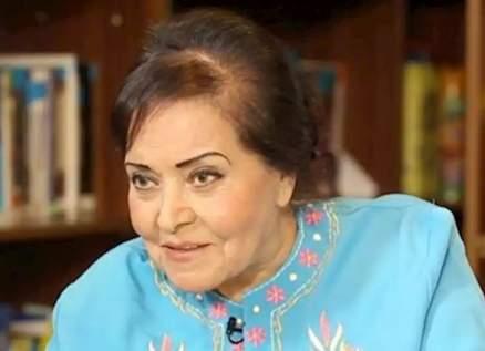 مديحة يسري تزوّجت 4 مرات وتعرّضت للخيانة.. وقُبلتها لـ عماد حمدي تسببت بخلاف مع محمد فوزي