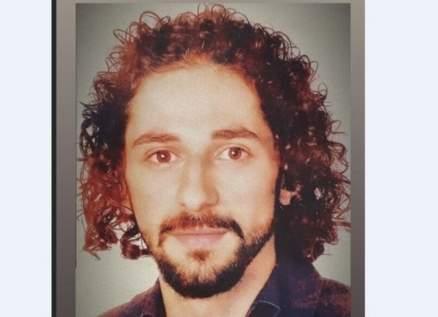 لن تصدقوا من هو هذا الممثل اللبناني الشهير!!