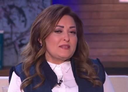 نهال عنبر تطلب الدعاء لأختها-بالصورة