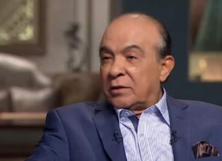 """هادي الجيار تخرّج من """"مدرسة المشاغبين"""".. ولهذا السبب عاتب أحمد زكي وندم بعدها"""