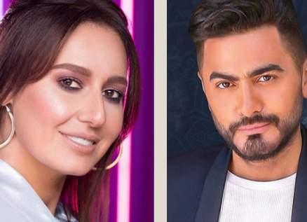 """تامر حسني وحلا شيحة يصوّران """"مش أنا"""" في السعودية.. بالصور"""