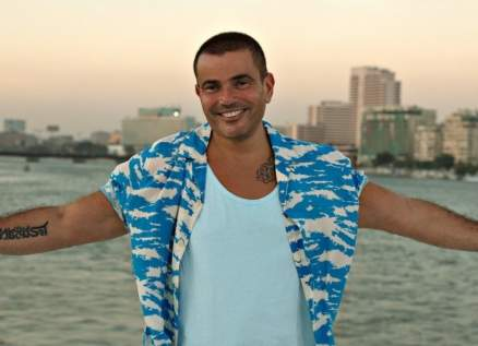 عمرو دياب يؤكد من جديد أنه يمتلك الخلطة السحرية للنجاح