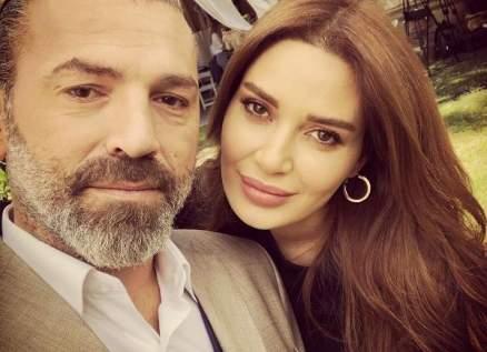"""خاص بالفيديو- دوري السمراني يكشف سرّ التعامل مع سيرين عبد النور في """"دانتيل"""""""