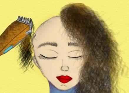 بعد أيام على حلقها شعرها بالكامل.. فنانة مغربية تتحدث عن مرضها