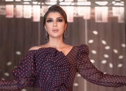"""هجوم شرس على أصالة بسبب طريقة رقصها مع رامي صبري وأحمد سعد والجمهور يتهمها بـ""""السُكر""""-بالفيديو"""