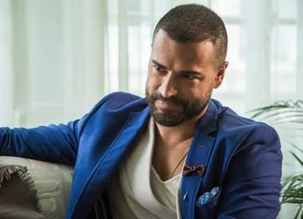 وسام حنا: بسام كوسا استفزني والممثلون السوريون محترفون...وأختار كارين رزق الله
