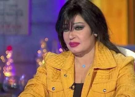 فيفي عبده تخضع لعملية جراحية بسبب خطأ طبي