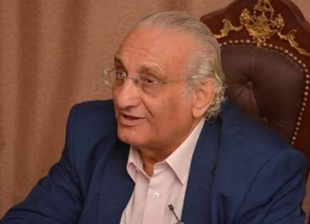 """أحمد حلاوة يشارك دينا فيلم """"فيونكة قطيفة"""""""