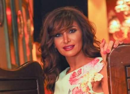 رشا شربتجي صاحبة الأعمال الإشكالية.. تنتمي إلى عائلة فنية عريقة وكسبت ثقة يحيى الفخراني