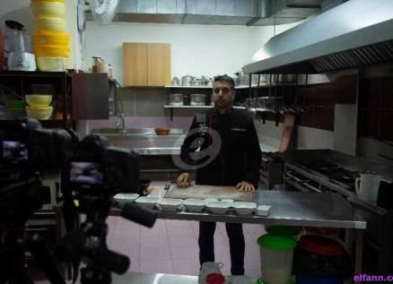 خاص وبالفيديو- شوربة العدس قيمة غذائية كبيرة على مائدة شهر رمضان وهكذا تحضرونها مع الشيف محمد عبد المنعم