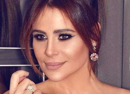 """كارول سماحة تطرح أغنيتها """"اتكلم عربي"""" -بالفيديو"""