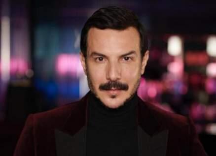 """باسل خياط يعلن موعد عرض مسلسله """"قيد مجهول""""-بالصورة"""