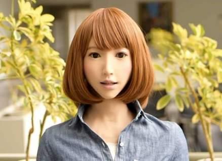 روبوت إمرأة تقتحم مجال التمثيل بدور البطولة