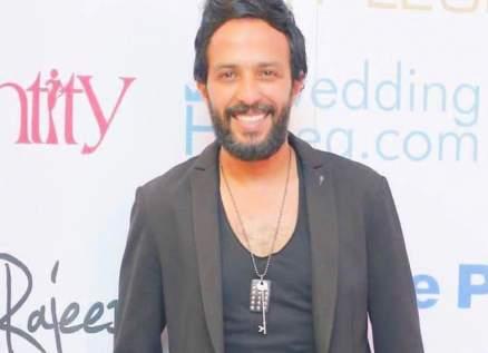 """أحمد عصام يبدأ تصوير مسلسل """"طلقتك نفسي"""""""