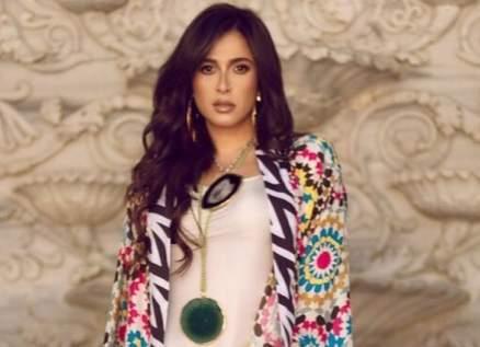 ياسمين عبد العزيز نسخة طبق الأصل من والدتها في صباها- بالصورة