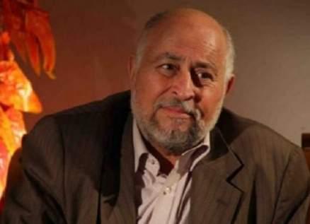 """عبد الرحمن أبو القاسم عمل بائعاً للحلويات وصاحب تاريخ مسرحي عريق.. ووصف إسماعيل ياسين بـ""""المهرج"""""""