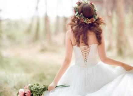 قبل الزفاف..والدة العروس تهرب مع والد العريس!