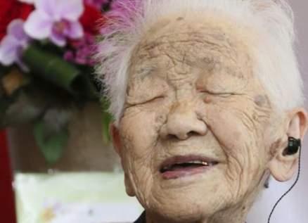 أكبر معمّرة في العالم تحتفظ برقمها القياسي وتحتفل بعيد ميلادها الـ117!- بالفيديو