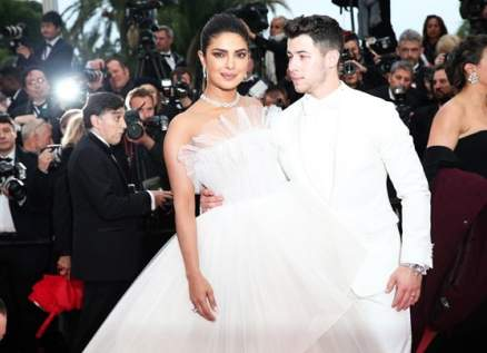 نجمات ارتدين فساتين زفاف على السجادة الحمراء.. بين الأجمل بريانكا شوبرا وبيونسيه