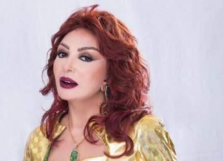 بالفيديو - نبيلة عبيد تعلّق على تقليد سمير غانم لها